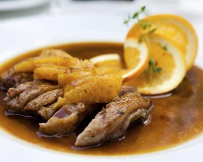 I46069 magret de canard et sa sauce a l orange