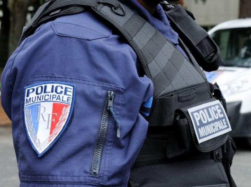 L'ACTU : DOUÉ-EN-ANJOU : UN FUTUR POLICIER MUNICIPAL DANS LA COMMUNE